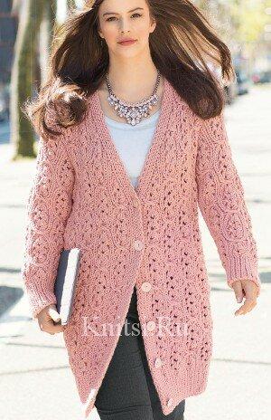Вязаное пальто с волнистым узором